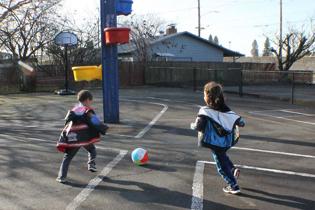 n-playground_playing2